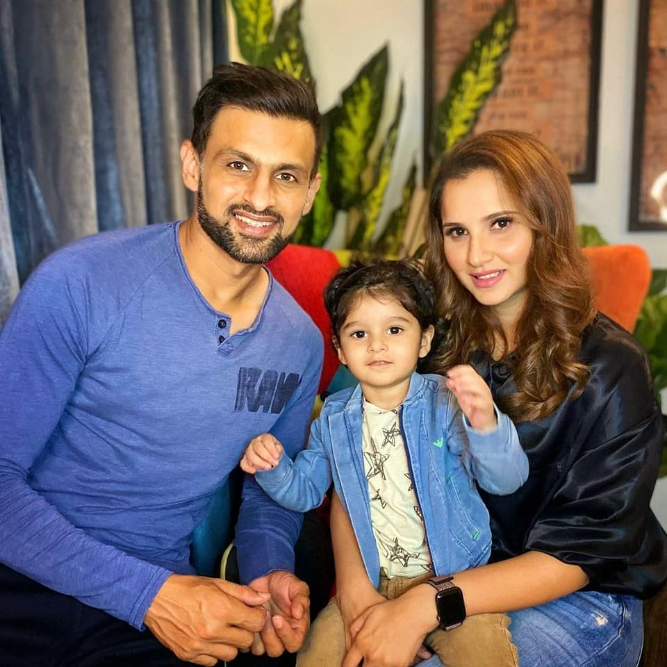 Sania Mirza with her Son in Pakistan - Latest Pictures