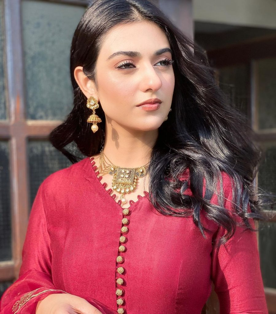 Sarah Khan Shares Tips To Achieve Perfect Lips