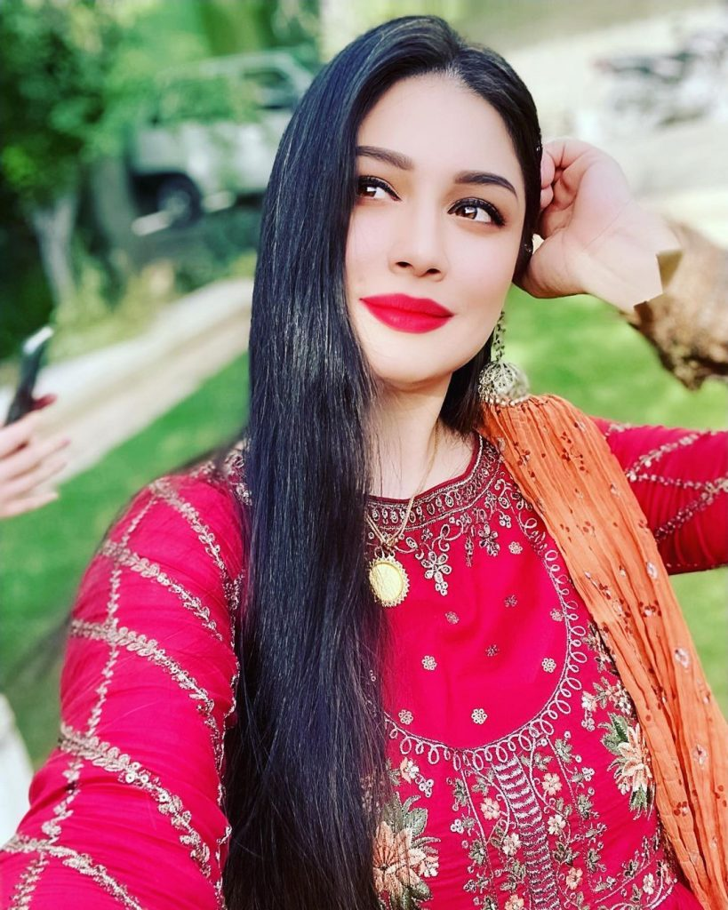 Sidra Batool Shared Why She Disappeared From Television Suddenly
