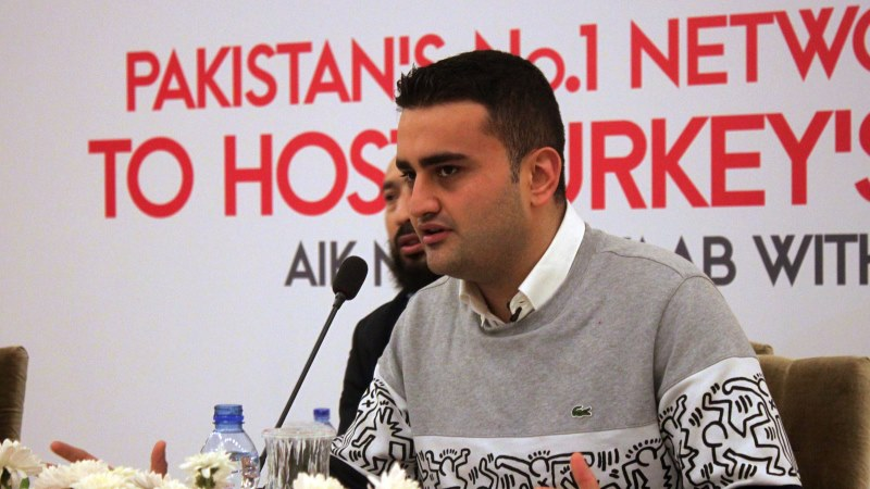 Turkish Chef Burak Ozdemir Announced Good News For Pakistanis