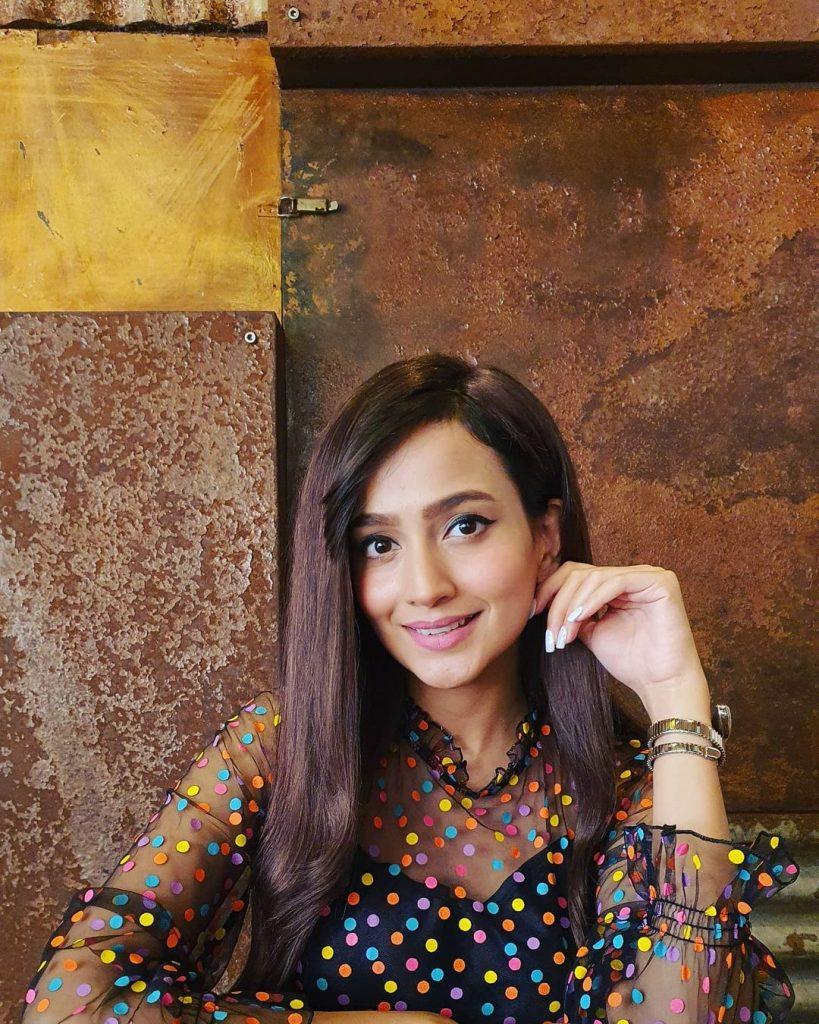Zarnish Khan Shares Fun Dance Practice Video