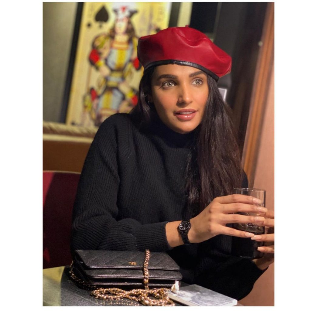 Best Winter Outfits of Amna Ilyas