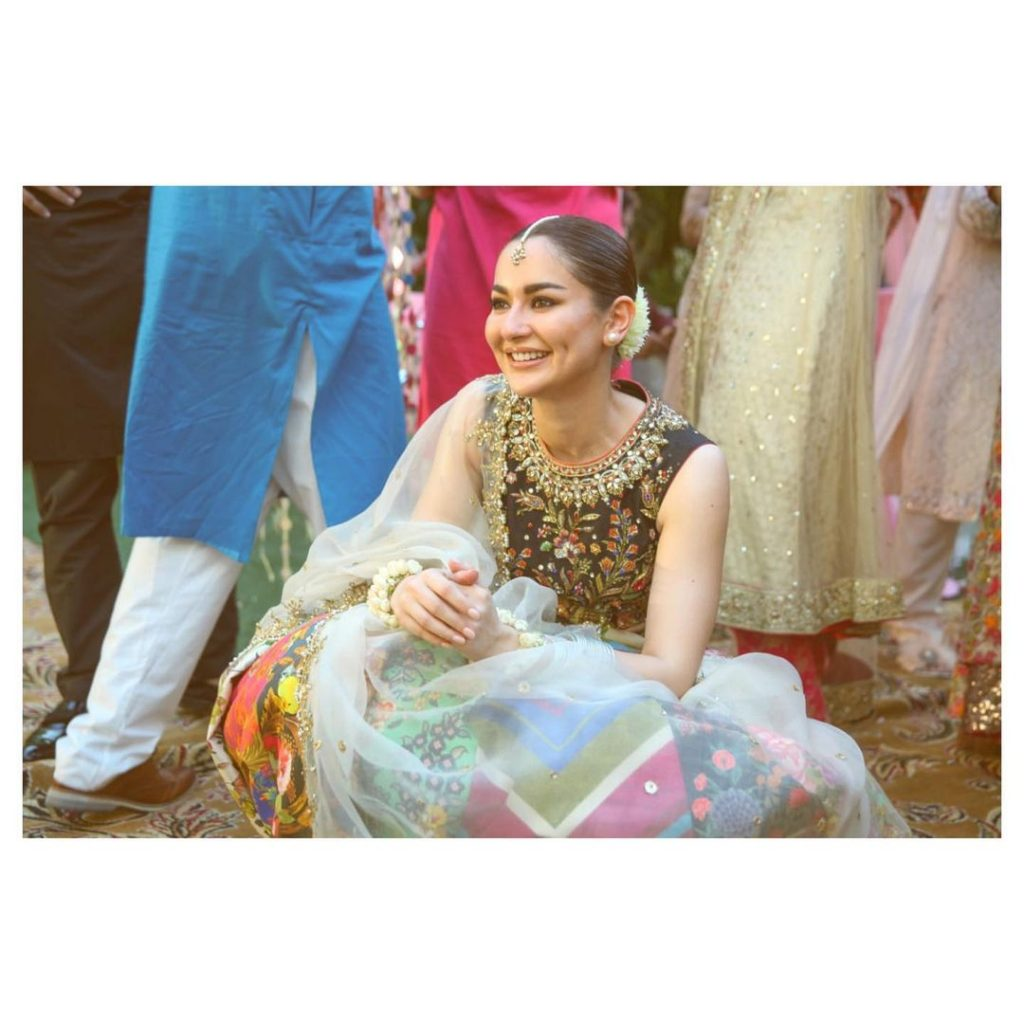 Hania Amir Family - 10 Beautiful Pictures