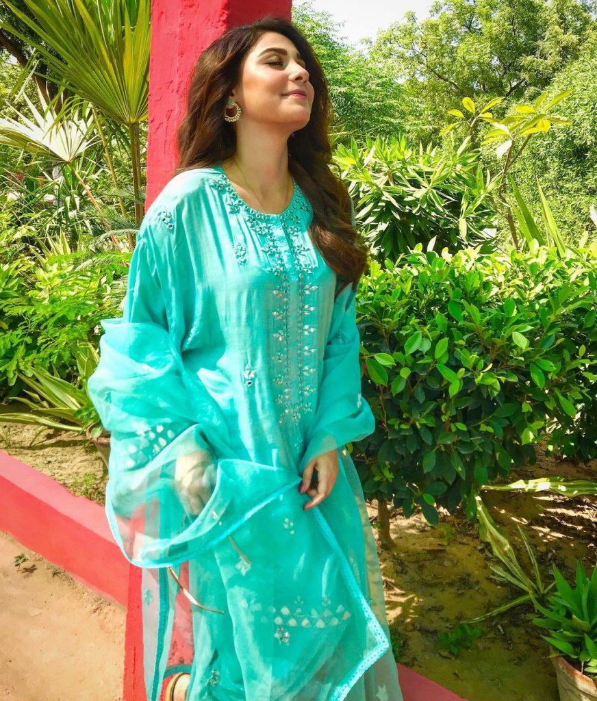 Latest Elegant Formal Dresses of Hina Agha