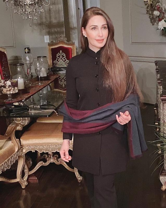 Unique Style Adapted By Reema Khan On Halloween