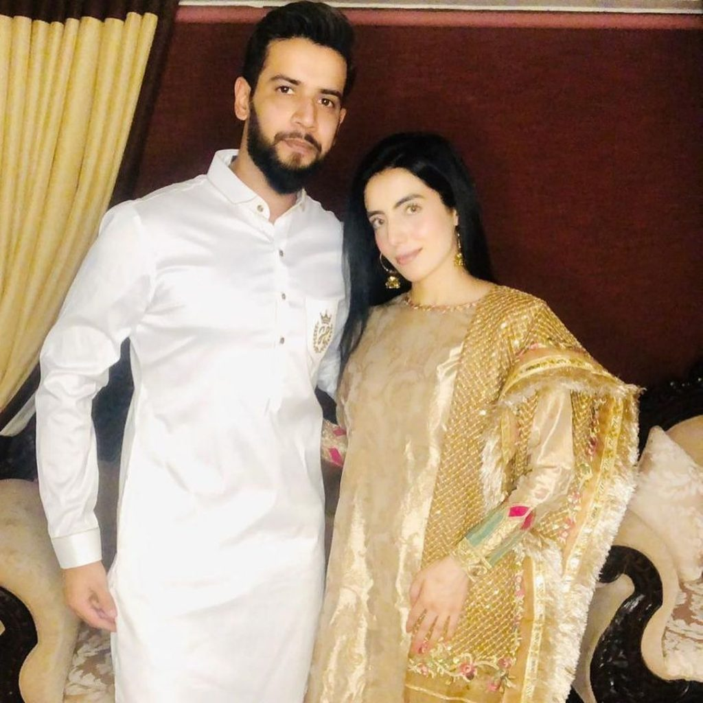 Imad Wasim Wife | 10 Lovely Pictures