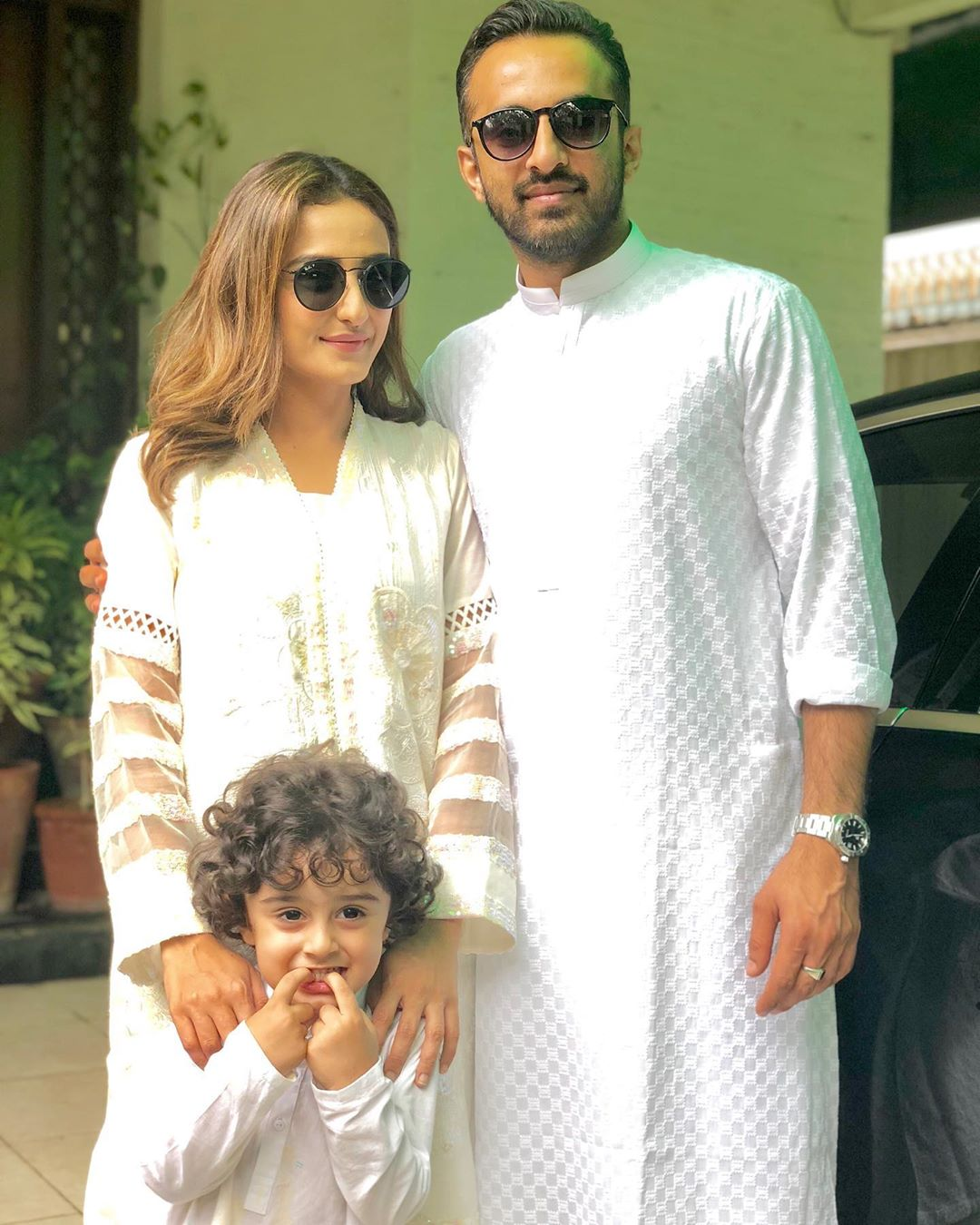 Momal Sheikh with Family - 10 Adorable Pictures
