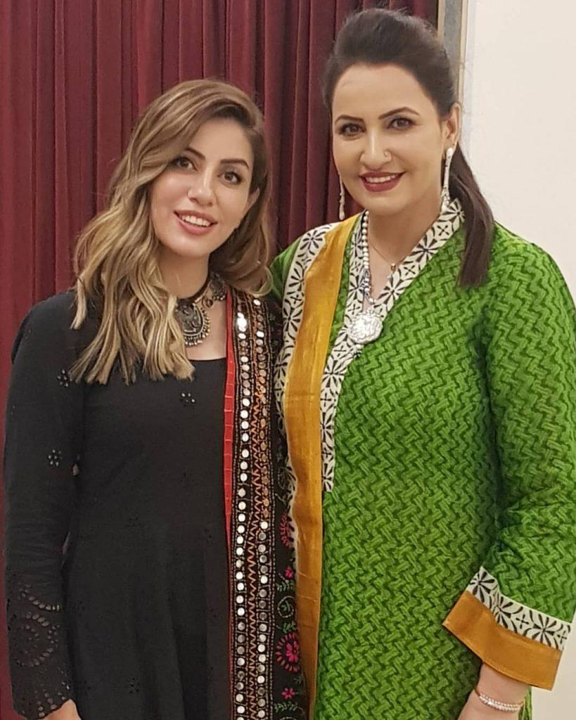Saba Faisal Family - 20 Beautiful Pictures