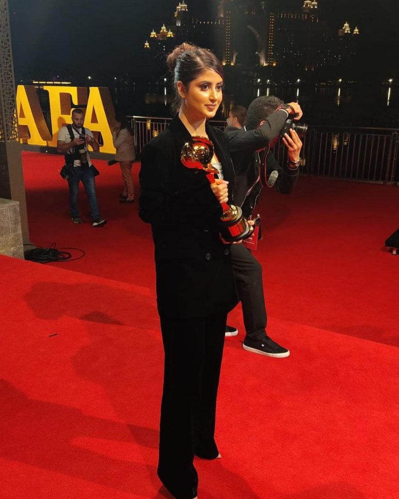 Sajal Aly Receiving Criticism For Her Dressing At DIAFA Awards