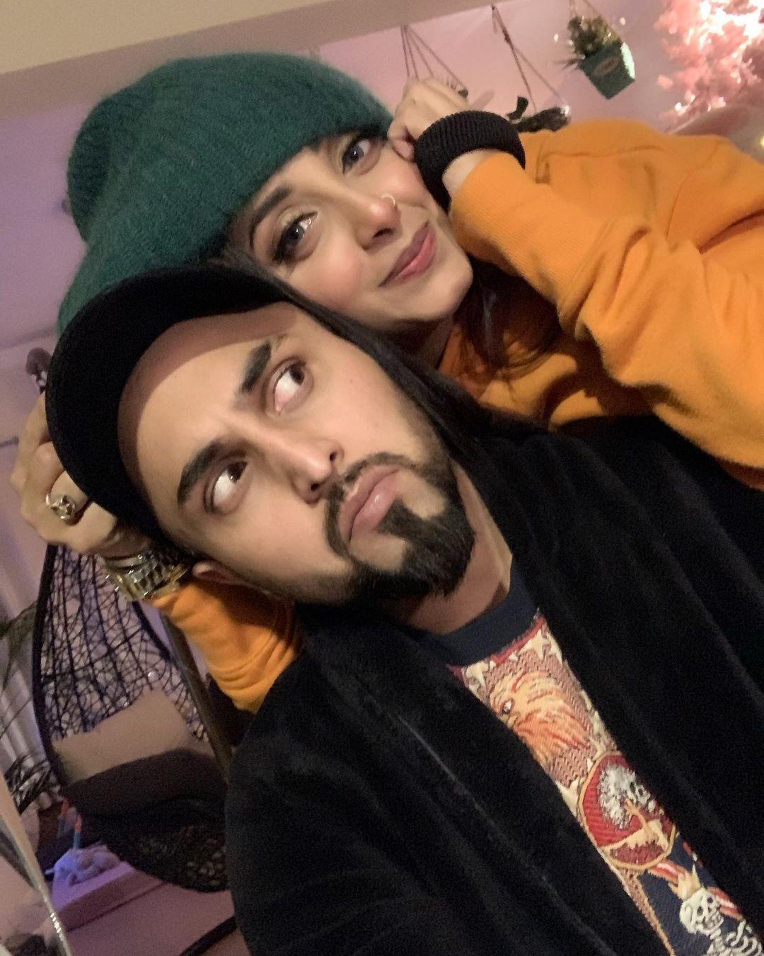 Sanam Chaudhry's Husband Birthday Celebration Pictures