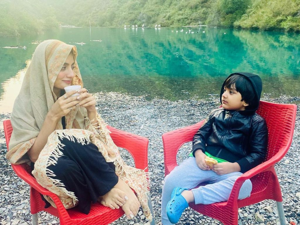 Uroosa Qureshi and Bilal Qureshi with their Son