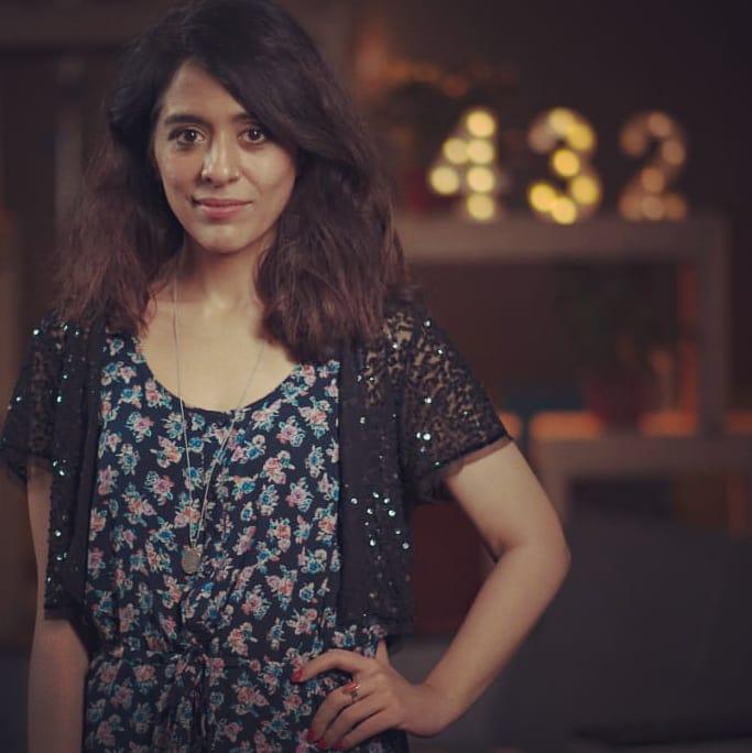 Yasra Rizvi Got Famous For Her Poetry Written In Anger