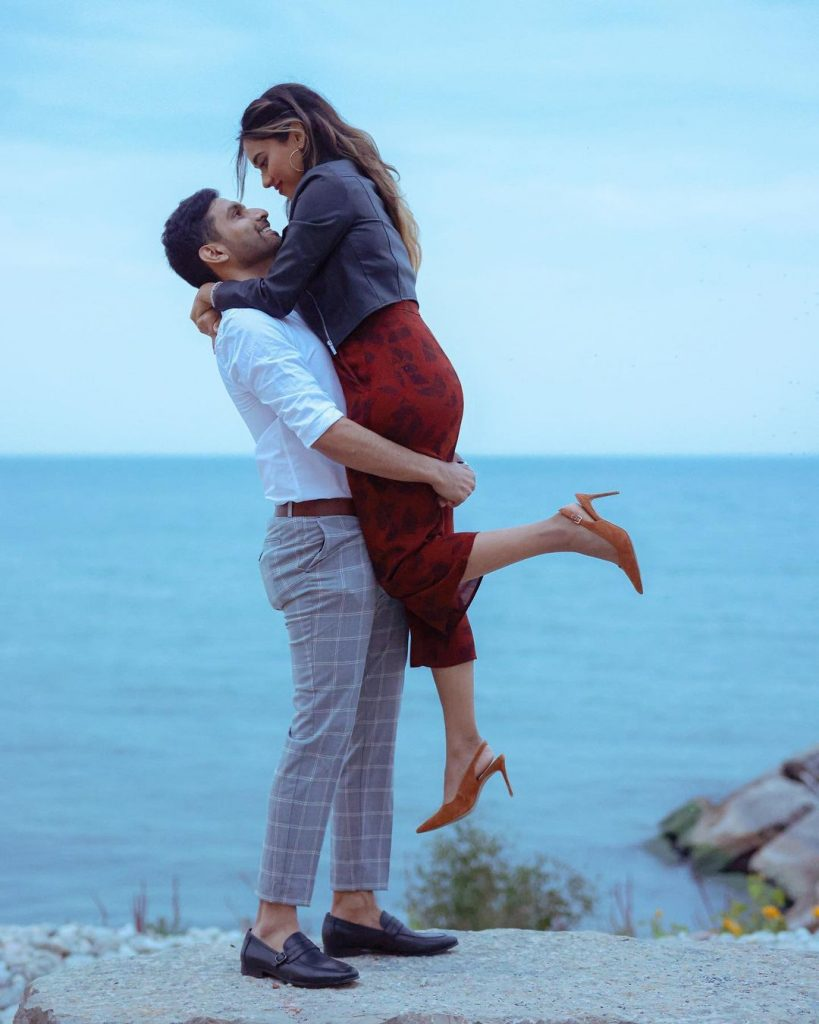 Best Couple Photo Poses of Zaid Ali and Yumna - 2020