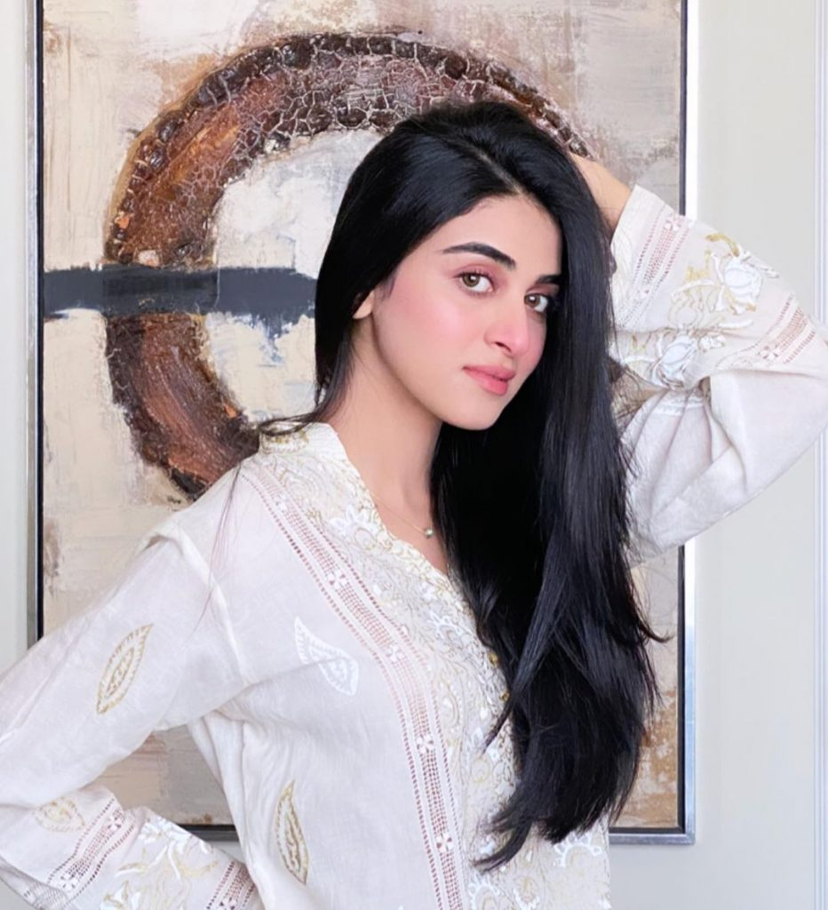 25 Latest Photos of The Beautiful Anmol Baloch