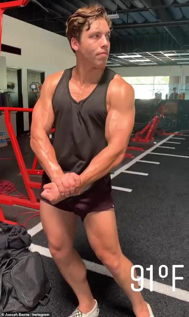 Arnold Schwarzenegger Son | 10 Unseen Pictures