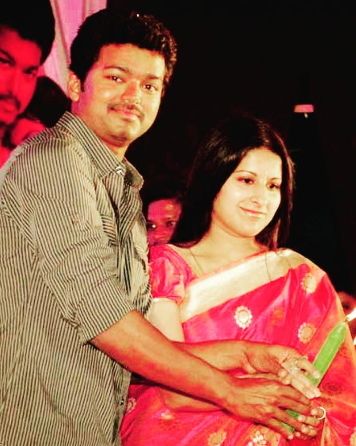 Vijay Wife | 10 Galvanizing Pictures
