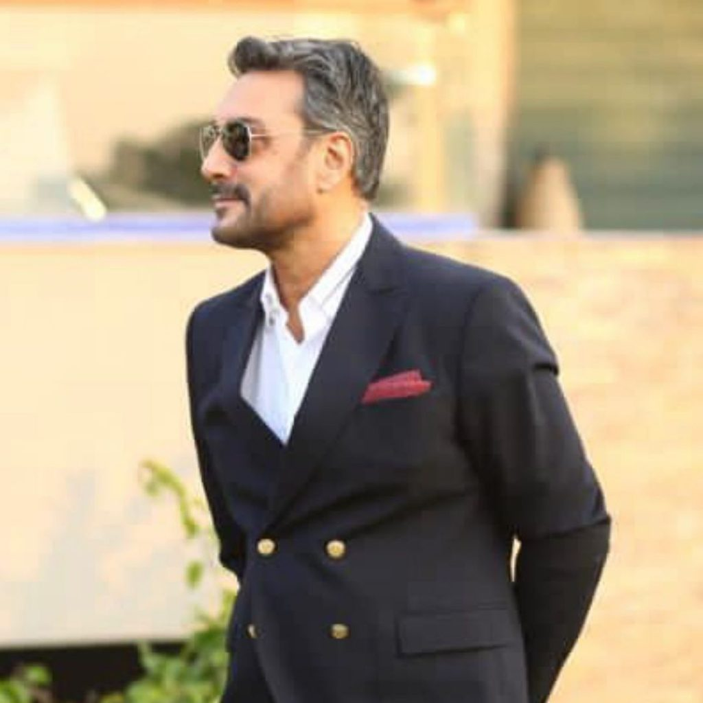 Adnan Siddiqui Informs Fans About His Account Being Hacked