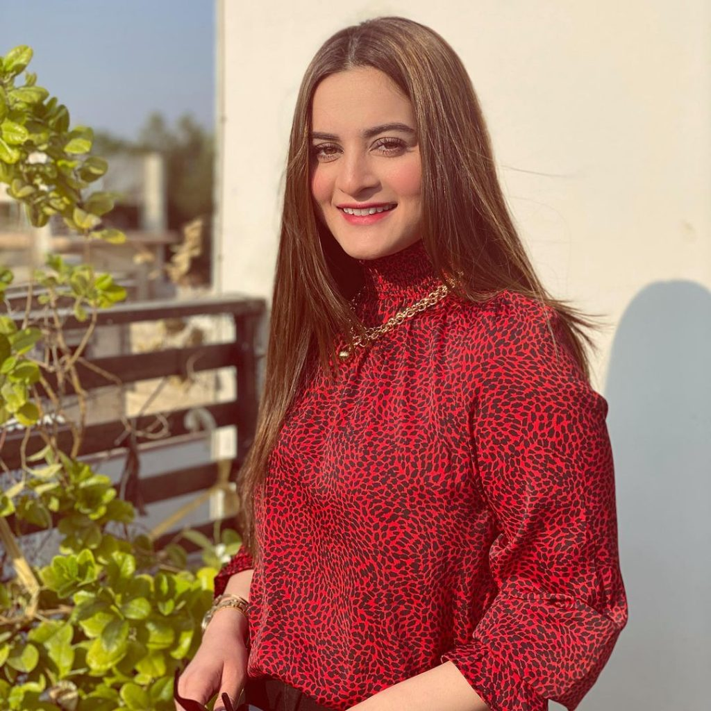 Aiman Khan Showed The Real Side Of Being A Mom