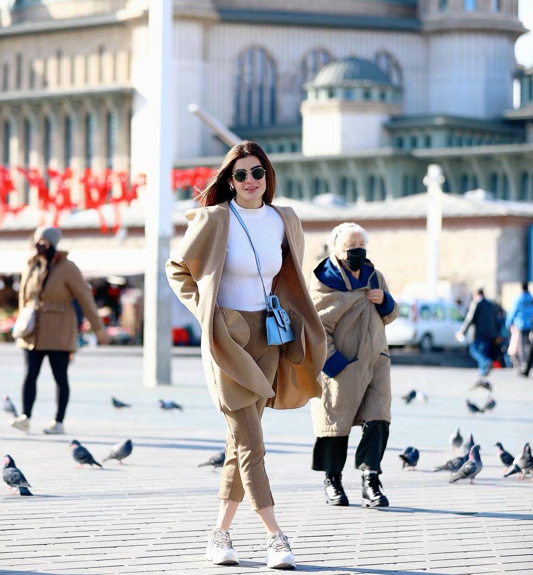 Actress Amna Malik in Turkey - Beautiful Pictures