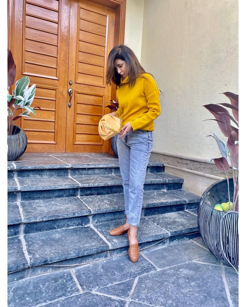 Areeba Habib Giving Winter Fashion Inspiration