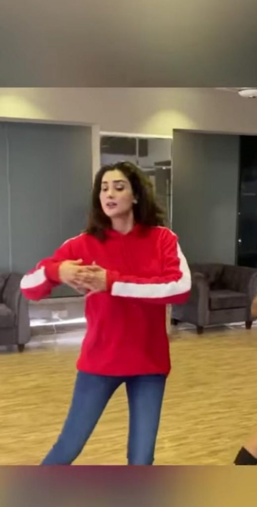 Fiza Ali Shows Awesome Dance Moves