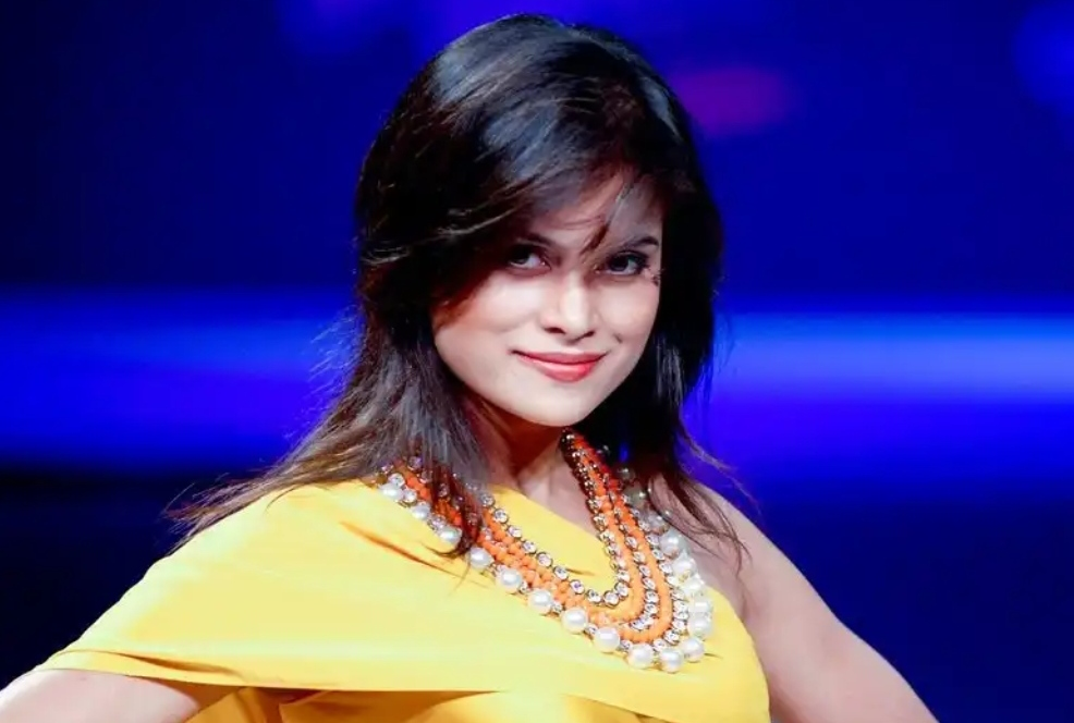 Bollywood Actress Arya Banerjee found dead at her apartment