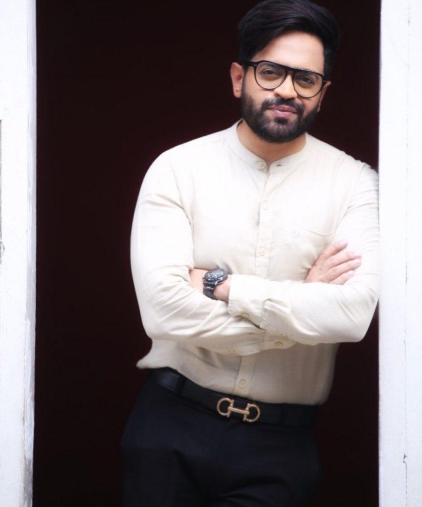 Naveed Raza Is Not Happy With Tabish Hashmi's Joke With Javed Sheikh
