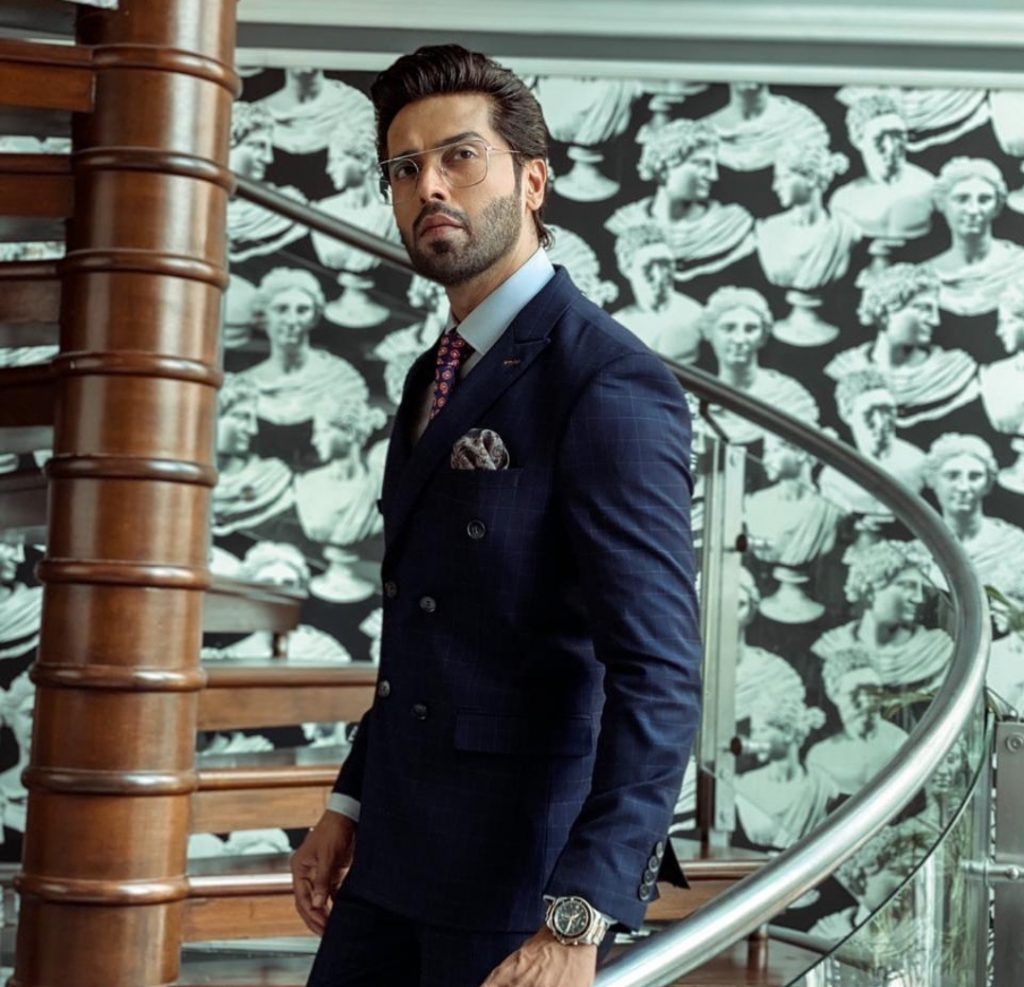 Netizen Schools Fahad Mustafa on His Statement Regarding Making Money