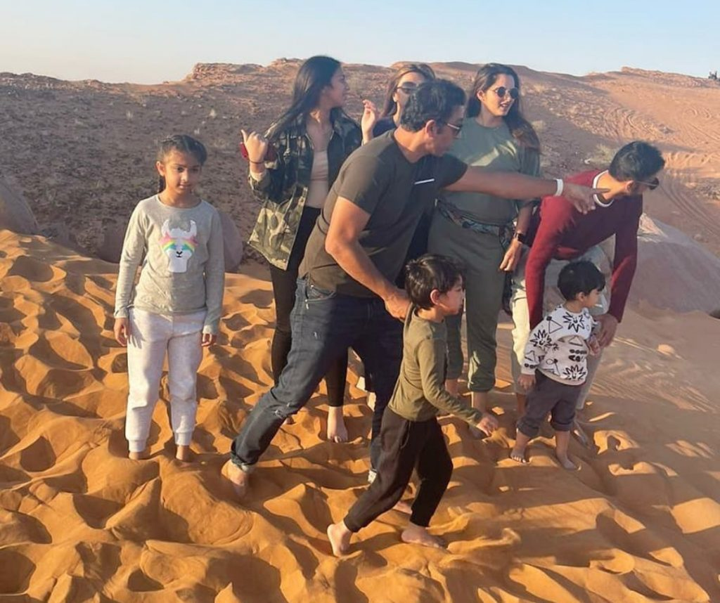 Shoaib Malik And Azhar Mehmood Family Pictures From Dubai
