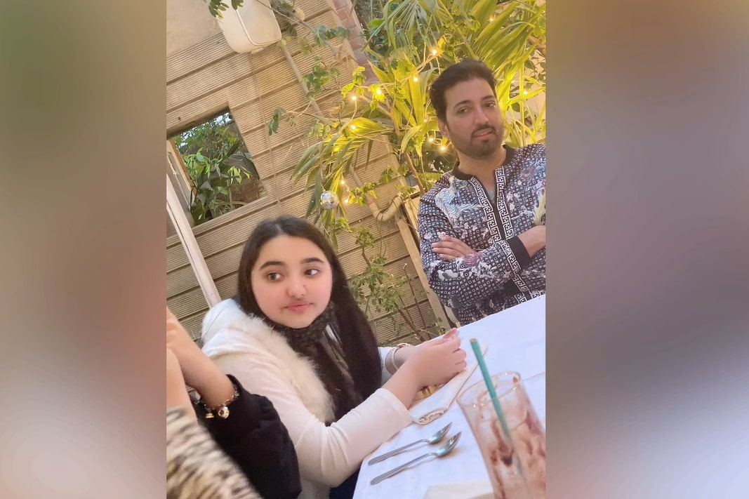 Javeria And Saud Spotted with Their Family at a Restaurant