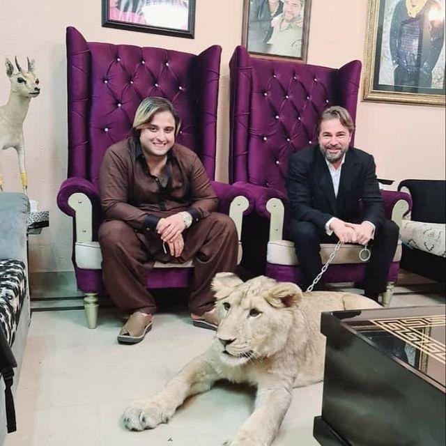 Kashif Zameer Frauds With Ertugrul Star