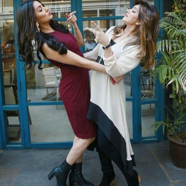 Mehwish Hayat's Fun TikTok Video With Sister