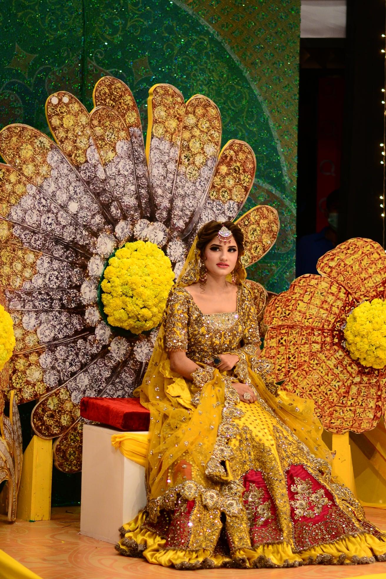 Viral Sensation Nimra Ali Bridal Makeup by Kashees in GMP