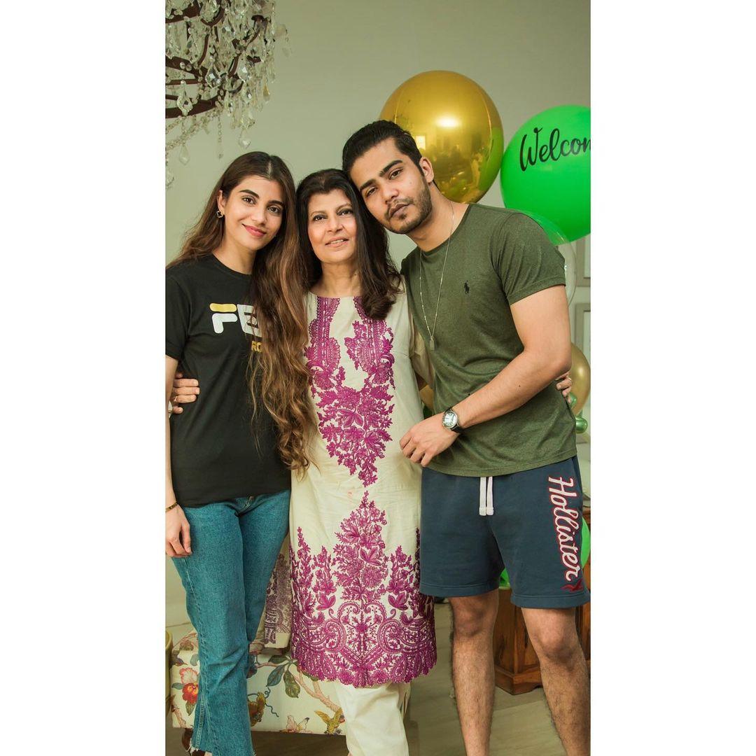 Rubina Ashraf with her Daughter Minna Tariq - Latest Pictures