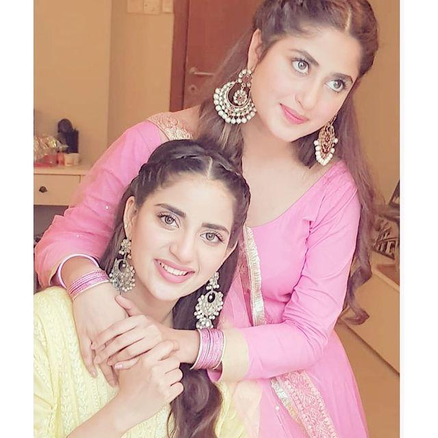 Sajal Ali Sister | 10 Adorable Pictures