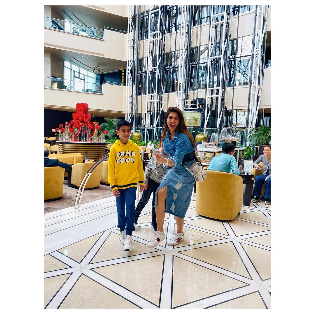 Sana Fakhar with her Kids - Latest Pictures