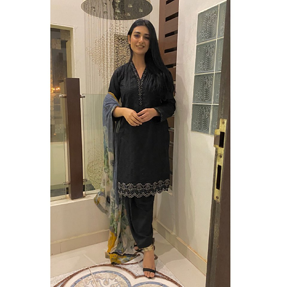 Sarah Khan and Falak Shabir in Lahore - Adorable Pictures