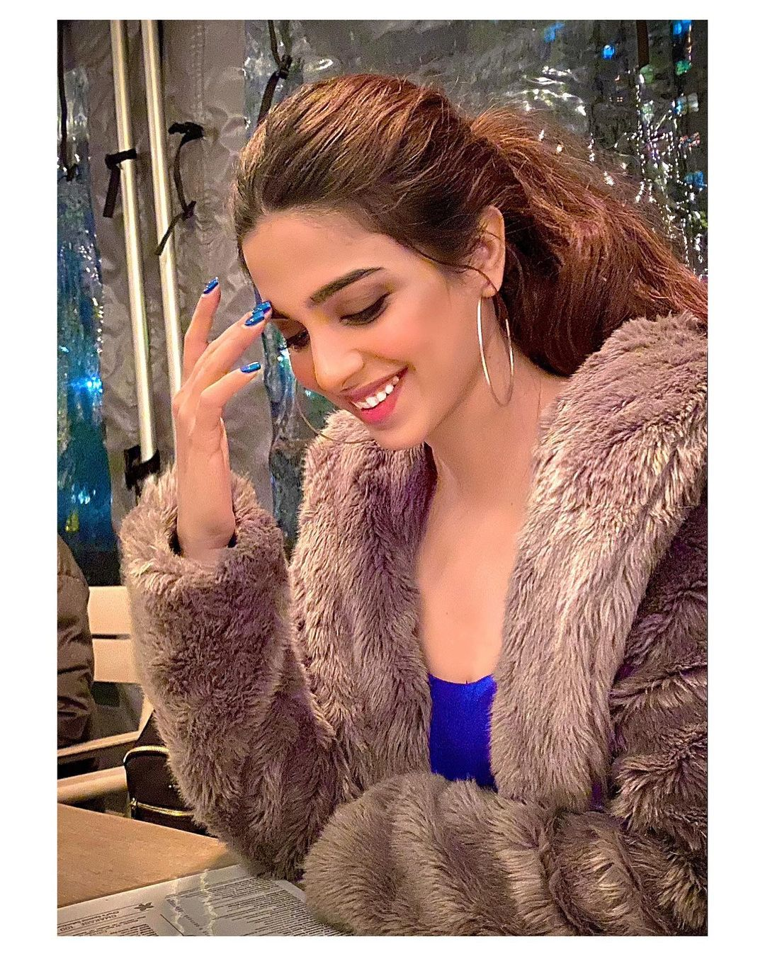 Sonya Hussyn is Looking Gorgeous in Her Latest Pictures from New York