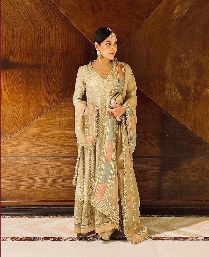 Hadiqa Kiani Looks Ravishing In Faiza Saqlain's Ensemble