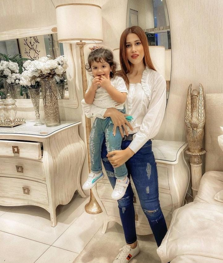 Beautiful Family Pictures Of Aden Rehan