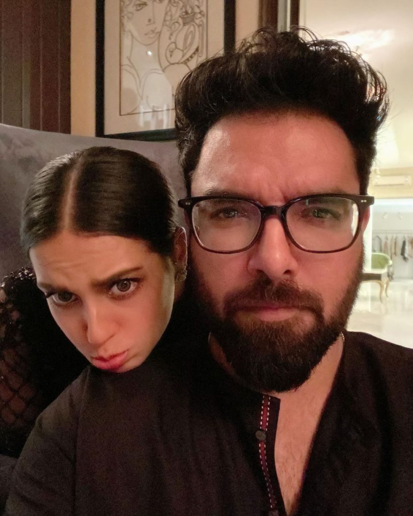 Iqra Aziz And Yasir Hussain Were Kicked Out Of A Restaurant - Complete Story