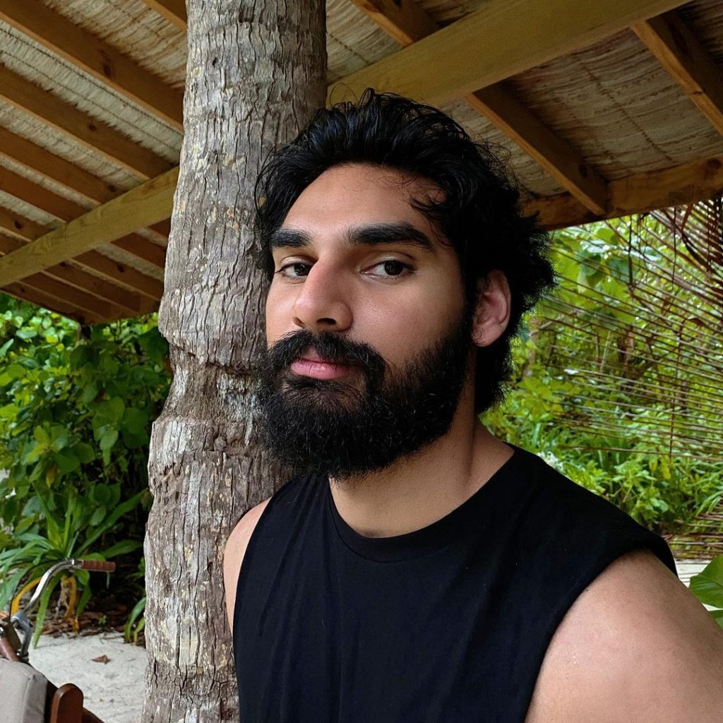 Sunil Shetty Son | 10 Amazing Pictures