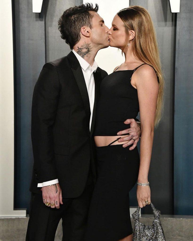 Adam Levine Wife | 10 Praiseworthy Pictures