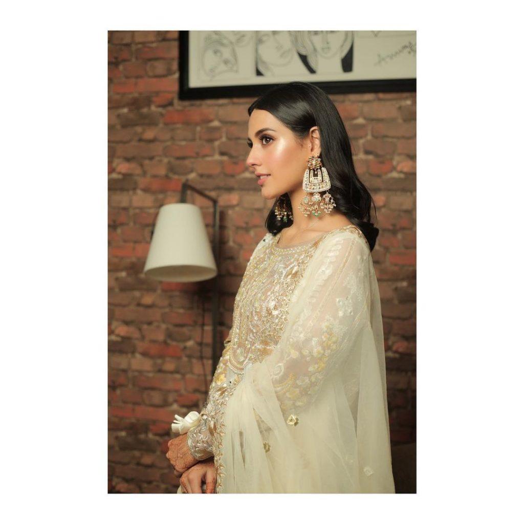 Dazzling Iqra Aziz Hussain in Rare White Collection