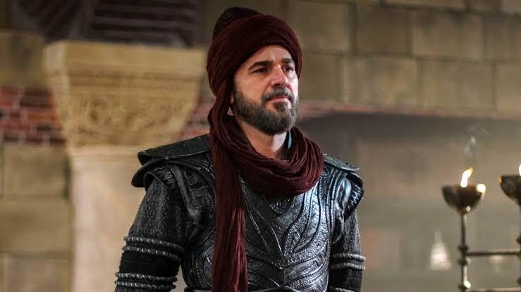 Engin Altan famous as Ertugrul arrived in Pakistan