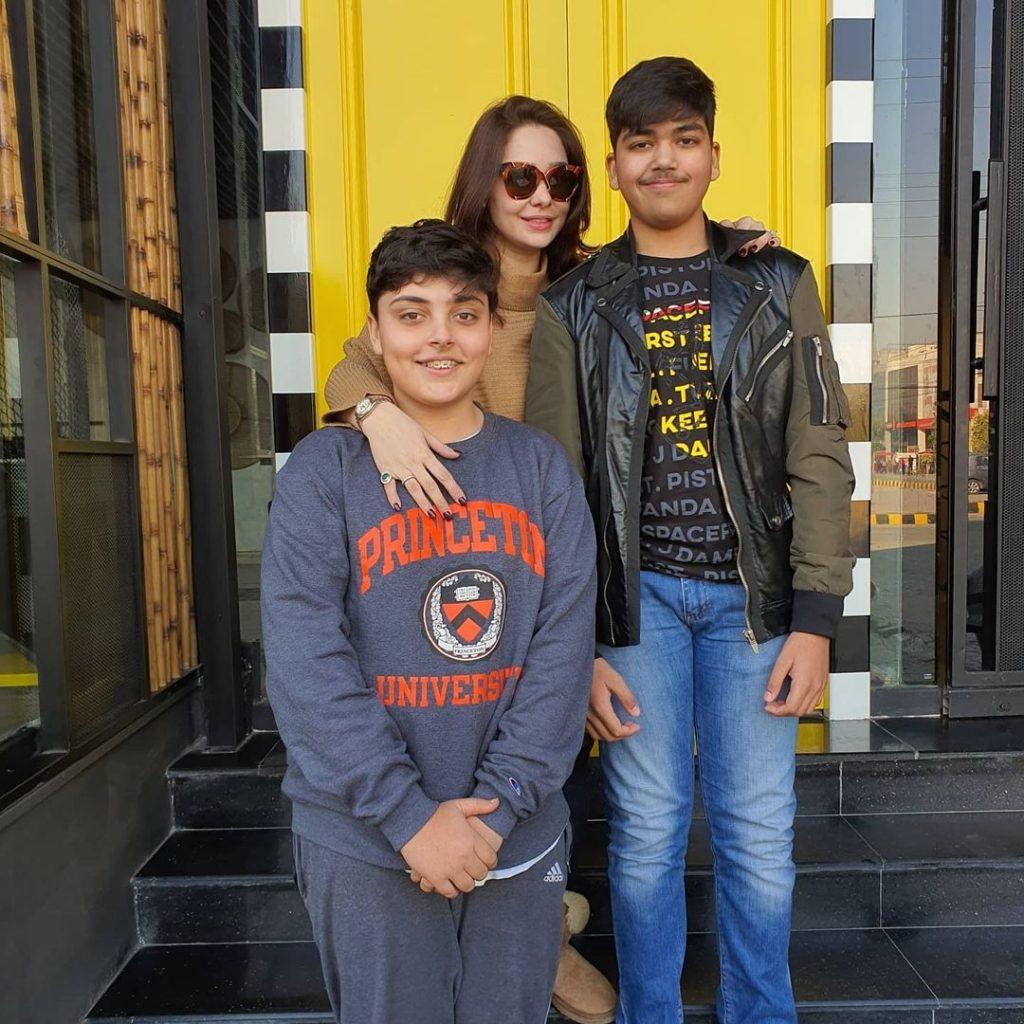 Latest Pictures of Juggun Kazim Wearing Sunglasses