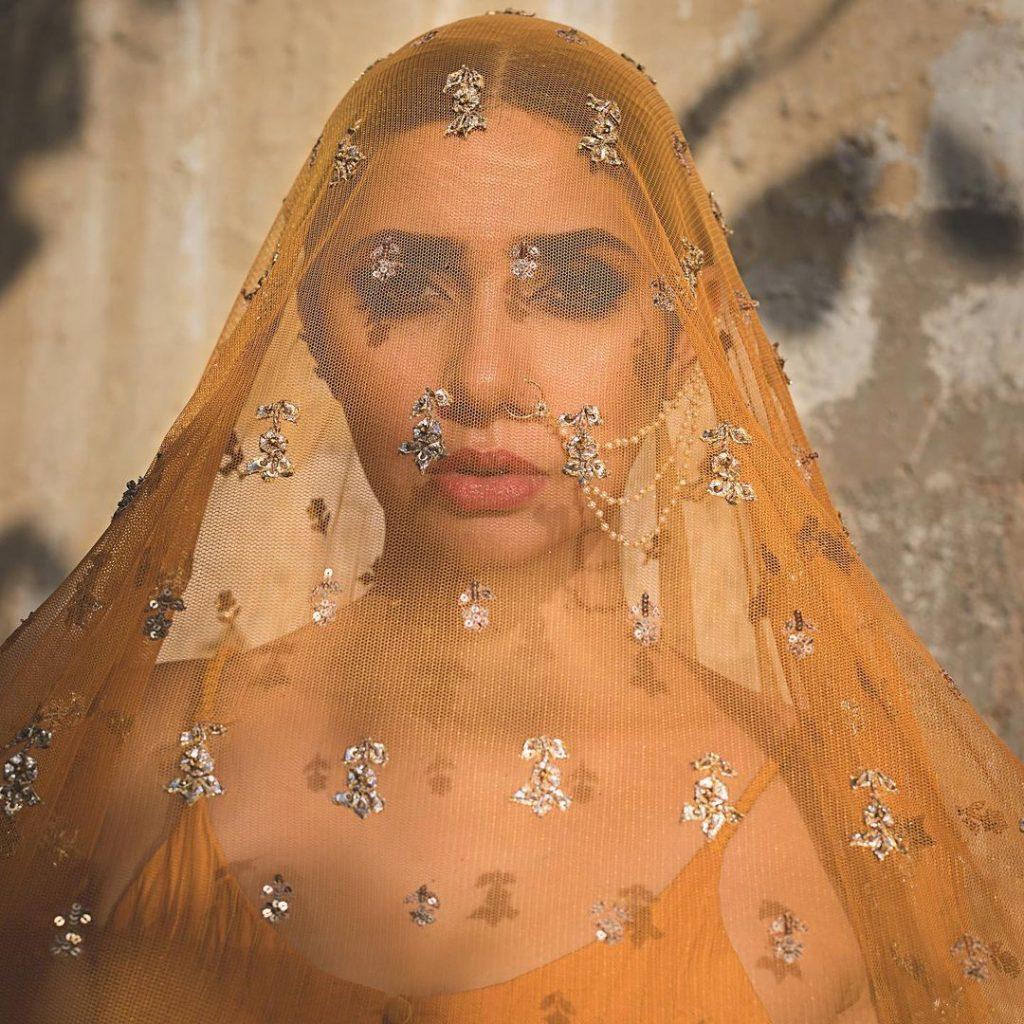 Latest Photoshoot Featuring The Stunner Mahira Khan