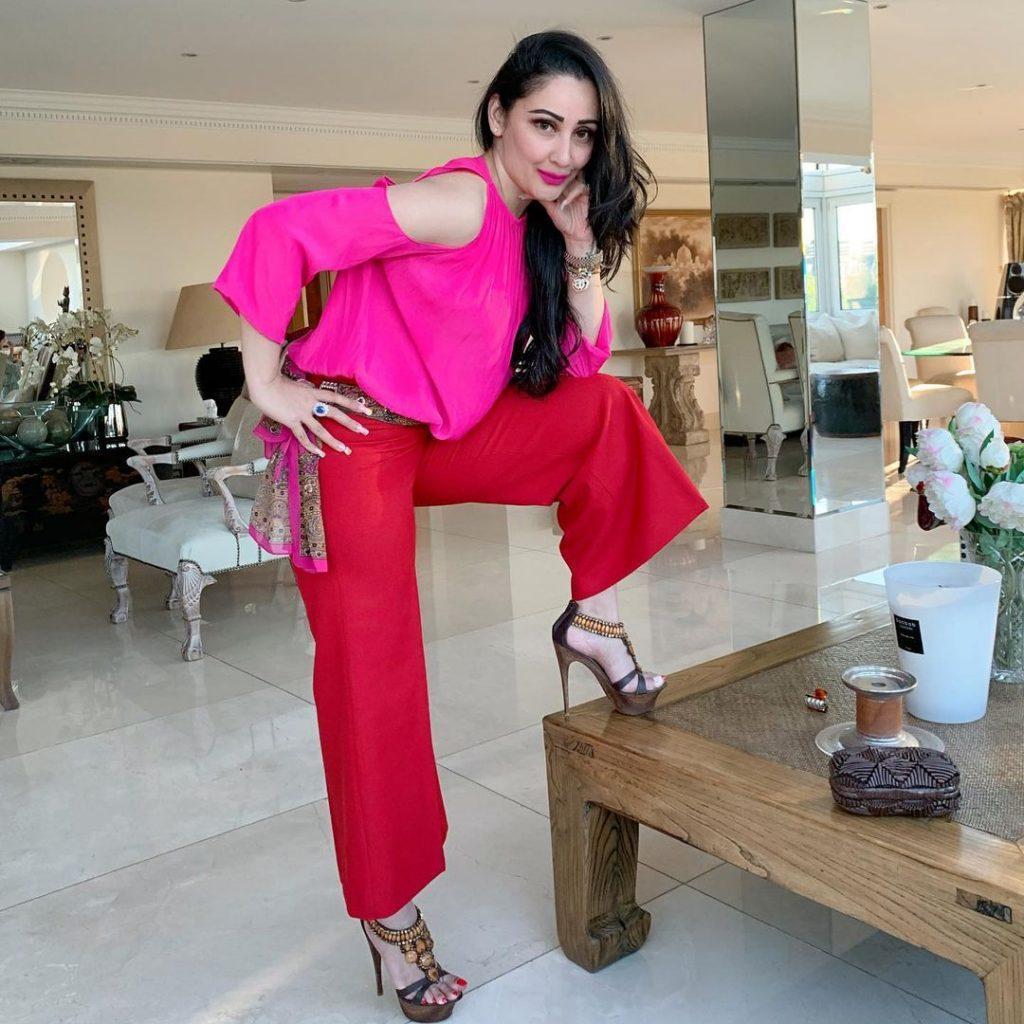 Sanjay Dutt Wife   10 Delightful Clicks