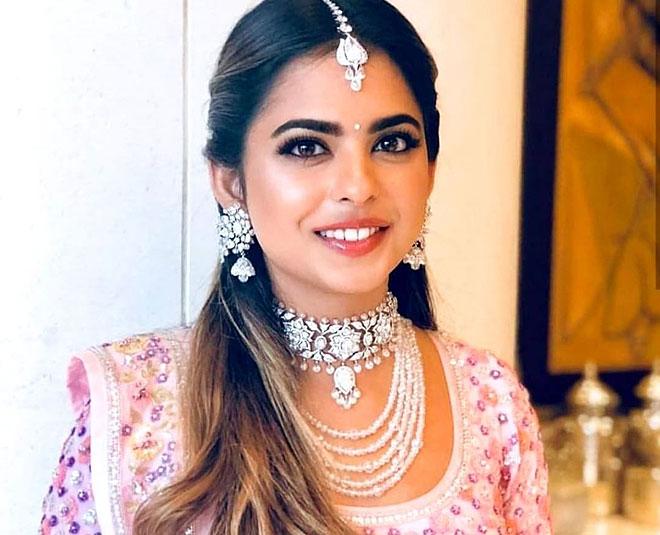 Mukesh Ambani Daughter | 10 Beguiling Pictures