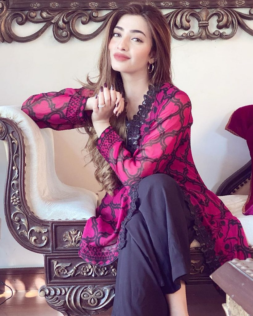 Nawal Saeed Beautiful Pictures From Good Morning Pakistan
